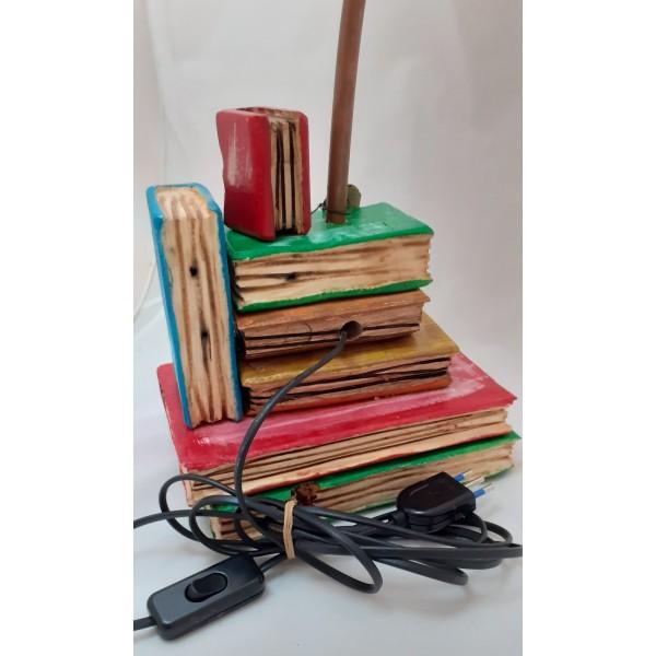 Lampada libro colorata